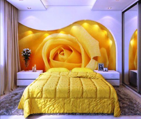 На фото - фиолетовые оттенки в спальне