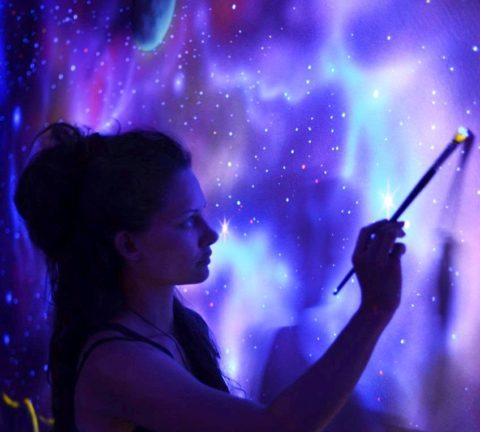 Нанесение люминесцентной краски