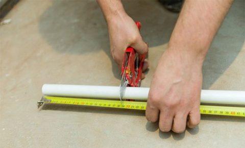 Нарезаем втулки нужной длины