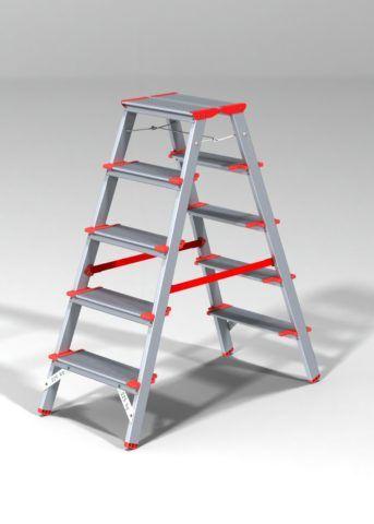 Не всем удобно работать с лестницы