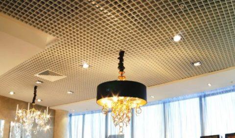 Необычное решение для потолка в квартире