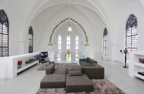 Непревзойдённая красота сводчатого потолка в стиле ренессанс