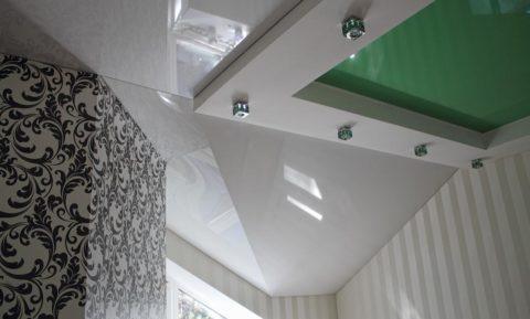 Обтянуть плёнкой можно потолок любой конфигурации