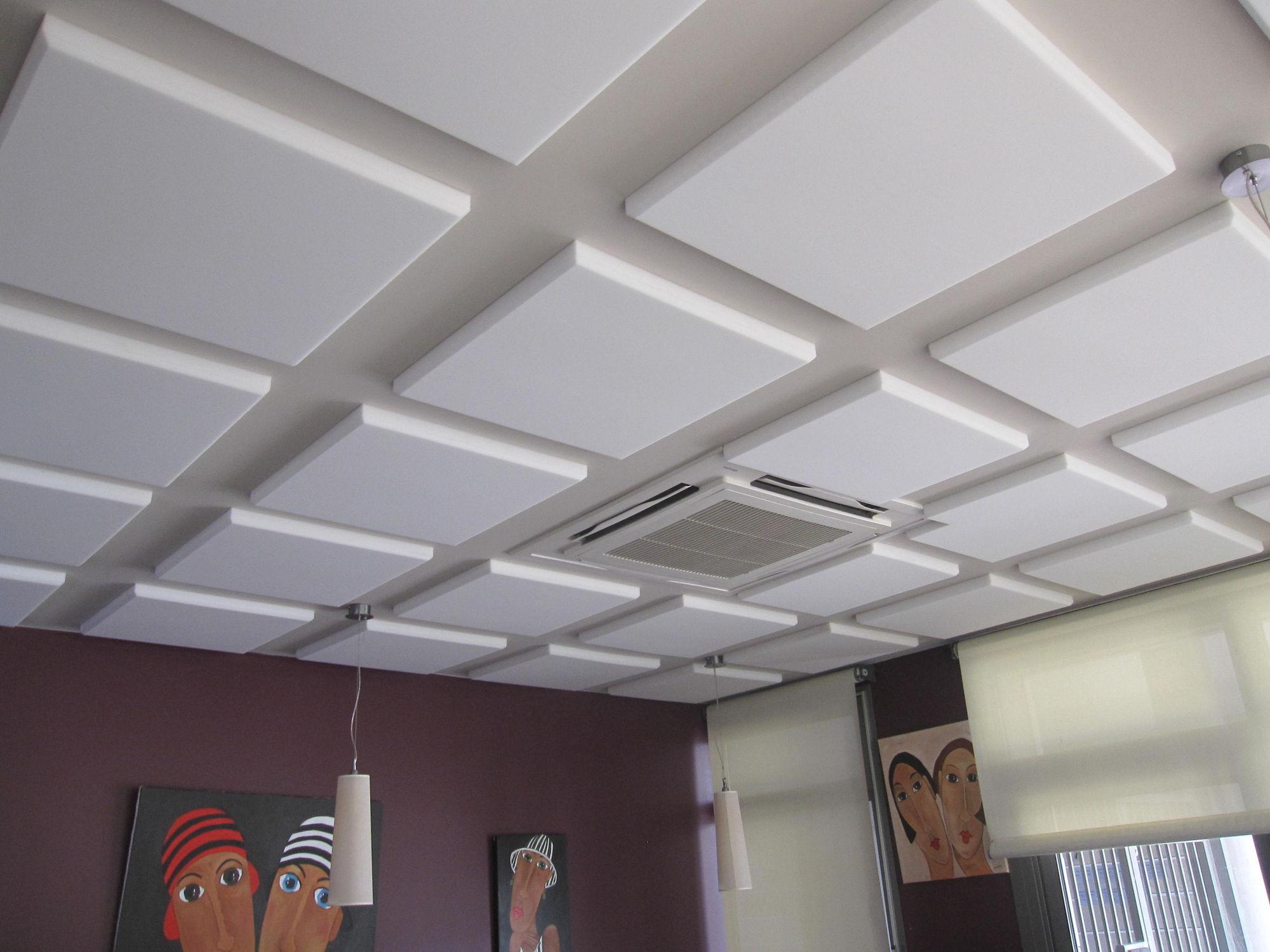 потолок из плиток пенопласта фото