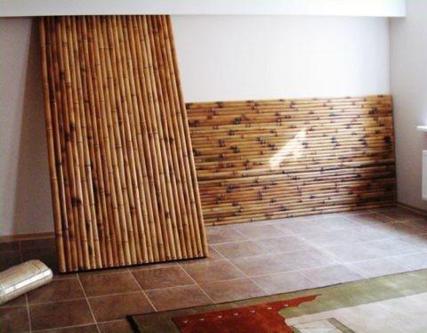 Панели ждут своего часа, чтобы украсить ваш потолок