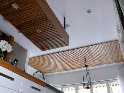 Подвесная и подшивная реечные конструкции в одном помещении
