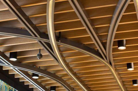 Подвесной пластинчатый потолок из МДФ