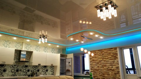 Получите консультацию у профессионала про мытье натяжных потолков