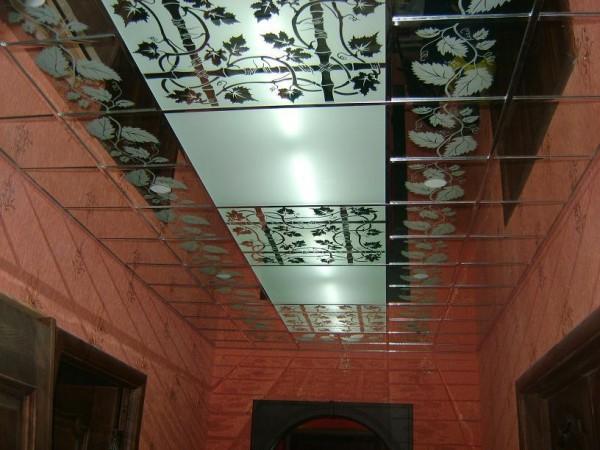 Шлифованный зеркальный потолок