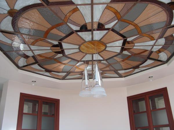Потолок из закалённого стекла