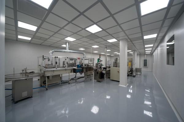 Потолок «оазис» в производственном помещении