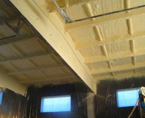 Потолок, утепленный пенополиуретаном