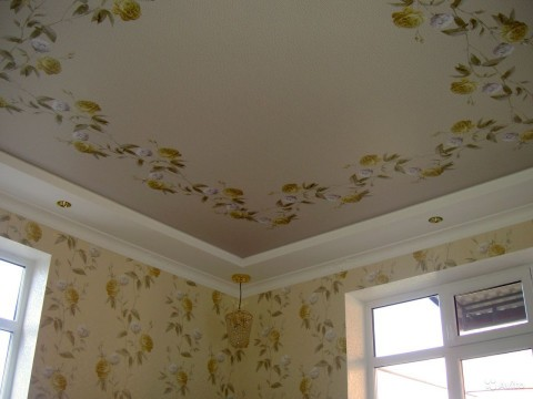 Пример качественного полотна на потолке