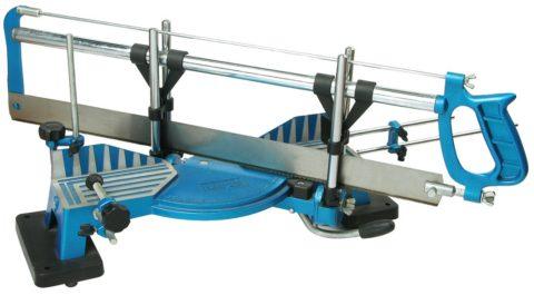 Профессиональное стусло для резки углов – цена такого инструмента около 2000 рублей