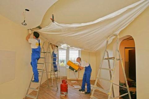 Работа с натяжным потолком