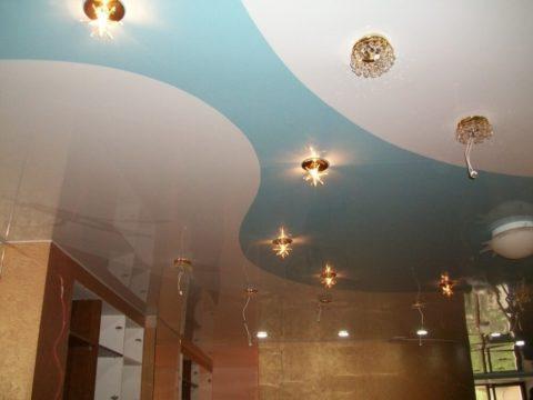 Различные виды светильников на натяжном покрытии