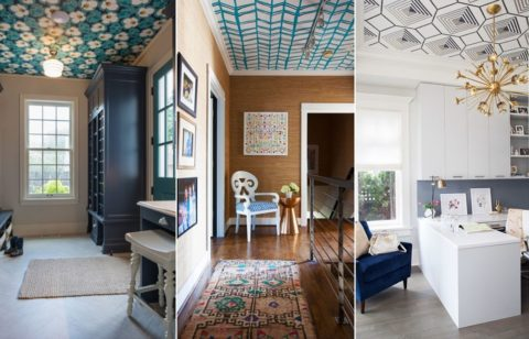 Разнообразие интерьеров с цветными обоями на потолке