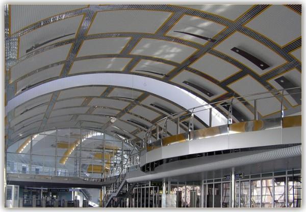 Реечные панели для потолка: индивидуальный дизайн