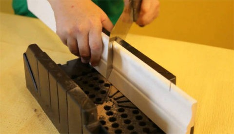 Резка при помощи стусла и ножовки по металлу