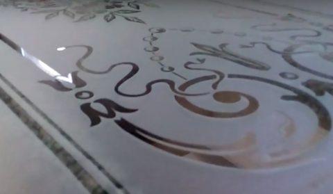 Силикатное стекло после пескоструйной обработки