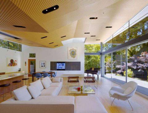 Сложная форма конструкции потолка в современном стиле