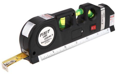 Современный вариант, совмещающий рулетку, а также стандартный и лазерный уровни