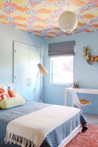 Текстильные обои в детской комнате