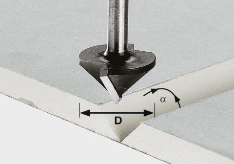 Треугольная фреза и след, который она оставляет