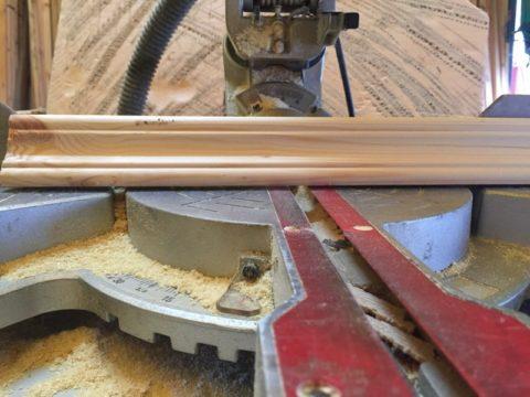 Циркулярная пила позволяет сделать разрез под произвольным углом