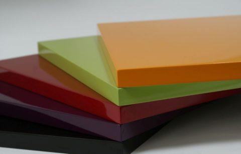 Цветные плиты из МДФ, окрашенные по каталогу RAL