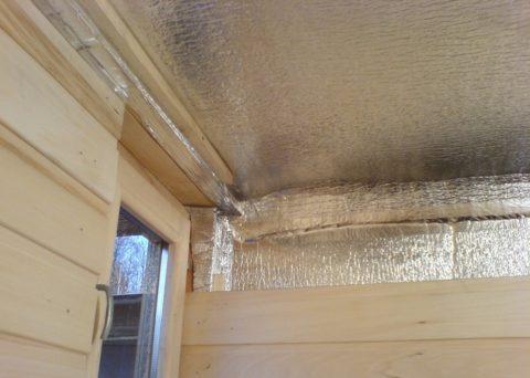 Утепление потолка изнутри: пароизоляция обязательна