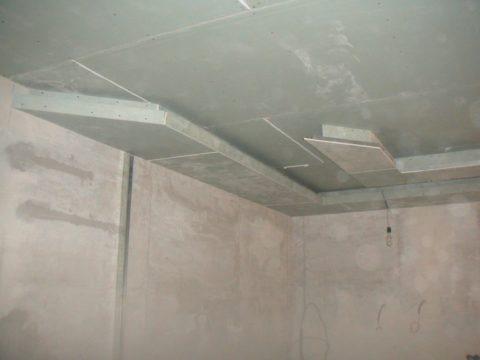 Влагостойкие потолки из гипсокартона: кухня — помещение с повышенной вероятностью затопления