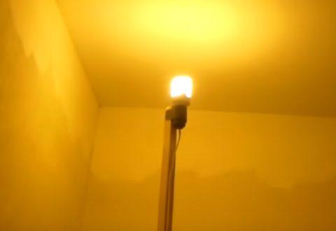 Закрепленная лампочка