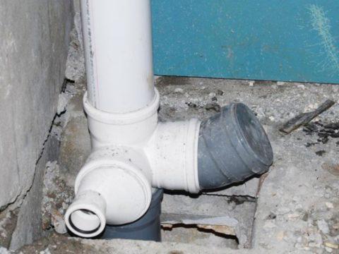Замена участка канализационного стояка в перекрытии